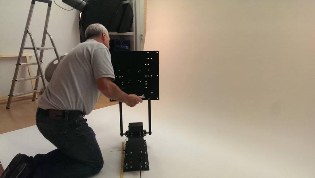Fotoshooting TV-Deckenhalter